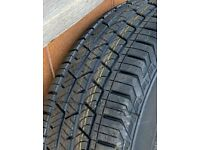 Tyres 275/40/22