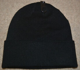 BNWT mens BLACK hat by H&M one size soft and comfortable