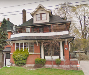 A Gem to Delaware Upscale Victorian Home 3 Bedroom Main Floor