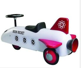 SPEEDSTER Great Gizmos Moon Rocket Retro Vintage style ​Steel body Classic ride on toy ​ RPP ​£129
