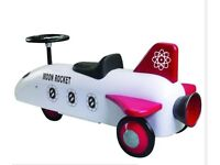 SPEEDSTER Great Gizmos Moon Rocket Retro Vintage style Steel body Classic ride on toy  RPP £129
