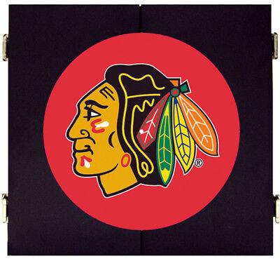 Chicago Blackhawks Black Dart Board Dartboard & Cabinet Kit Steel Tip Darts ()