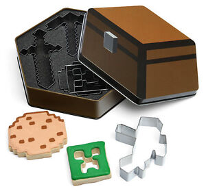Minecraft-Cookie-Cutters-Think-Geek-Creeper-Pickaxe-Sword-Baking-Player-Set