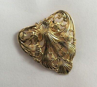 Vintage Scroll Heart Gold Tone Scarf Clip Fur Clip Brooch Dress Clip