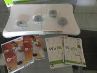 Wii fit planche impeccable + 2 jeux wii fit et wii active-50$