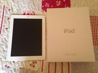 White 16GB Ipad in great condition with box