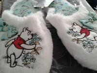 Disney winnie the pooh slippers size 7
