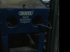 Draper sand blasting cabinet