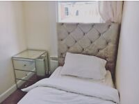 Single Room Available £450 Per Month All Bills Included
