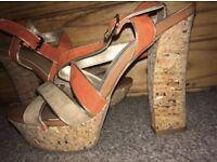 Heels • Size 6