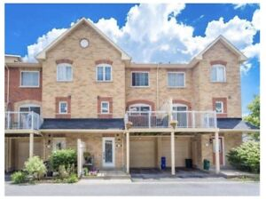 Spacious 3 Bdrm Townhouse Located In Prime Pickering