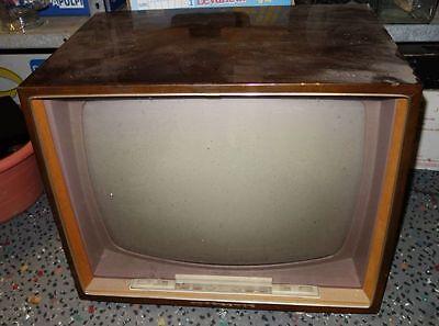 alter Fernseher 50er Jahre Nordmende Konsul