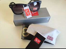 Rayban Wayfarer Sunglasses