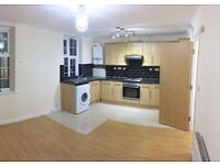 *2 bedroom flat in Barkingside IG6 2AR £1500 bills included (only 1 month deposit)
