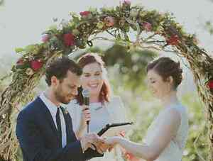 Looking for a Celebrant for a Wedding Renewal Castlemaine Mount Alexander Area Preview
