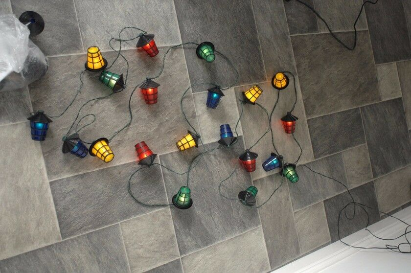 String of 20 outdoor (or indoor) coloured Christmas lights in perfect working order