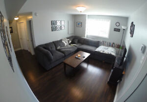 2 Bedroom, 2 Car Parking - Move in today, start paying Jan 1st!