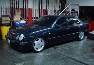 1996 Mercedes Benz E320 SEDAN