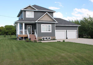 Custom Built house with Upgrades,North of Stonewall,24x26 Garage