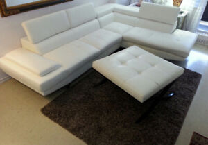 Sectional L-shape leather sofa & coffee table