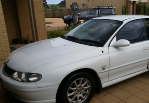 HOLDEN COMMODORE BELINA FOR URGENT SALE