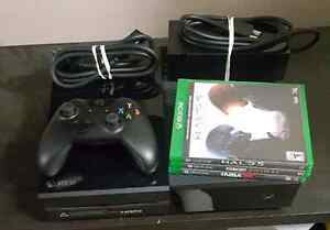 Xbox one + 3 games + controller