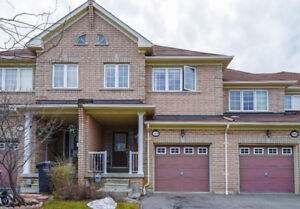 Beautiful 3 Bedroom Townhouse for Rent in Near Erin Mills!
