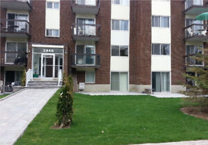 [Brossard] 4 1/2 Propre, rénové! Clean, renovated! 720$