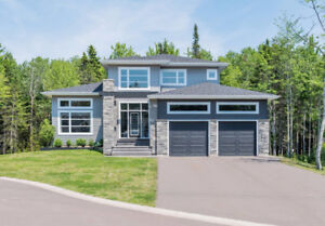 FULLY FURNISHED EXECUTIVE MODERN HOME IN DIEPPE