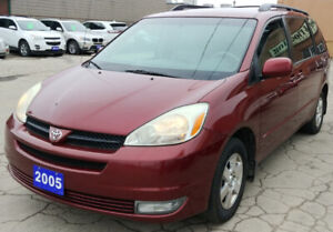 2005 Toyota Sienna LE Leather