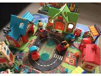 Happyland play sets,figures and vehicles