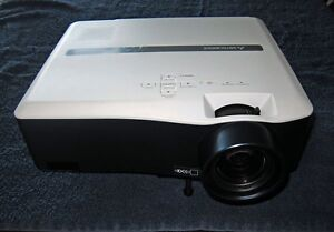 Mitsubishi WL639U Projector for large conference room, hall