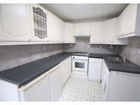 2 bedroom house in Lillechurch Road, Dagenham, RM8
