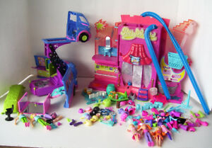 Polly Pockets Party Bus 2004 and Polly World 2006