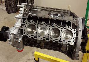 FORD POWERSTROKE 6.4L DIESEL ENGINE - CYLINDER HEADS & MORE-OEM