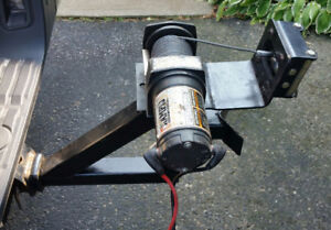 2000 lb winch with portable mount