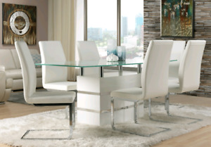 Modern beautiful 7 piece dining set.