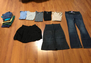 Maternity lot, mostly size small