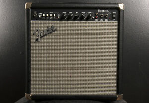 Fender Automatic SE combo guitar amplifier - needs repair