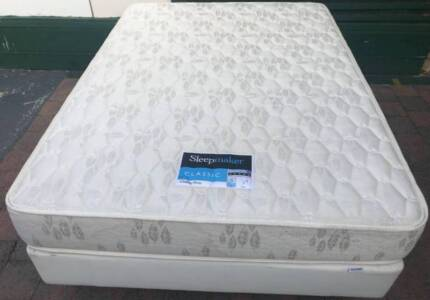 Excellent Sleep Maker Brand double bed base with mattress.