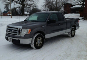 2011 Ford F-150 SuperCrew Pickup Truck Original Owner All Hwy KM