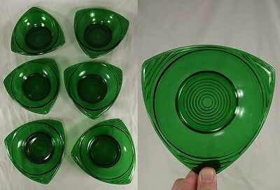 Vintage ANCHOR HOCKING Green Triangle Serving Bowl MID CENTURY MODERN atomic 60s