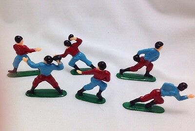 Football Cake Toppers (Football Players Cake Toppers Vintage Two Teams Set of 6 Plastic)