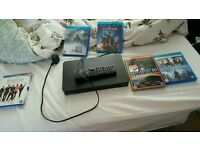 Blu-ray player Toshiba 4 Blu-ray and 1 dvd filmd all in perfect working condition