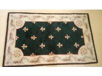 Beautiful hand-made Chinese wool rug