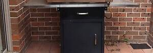 Brand New BBQ Trolley  on Wheels From BBQ Galore Must Sell Bligh Park Hawkesbury Area Preview