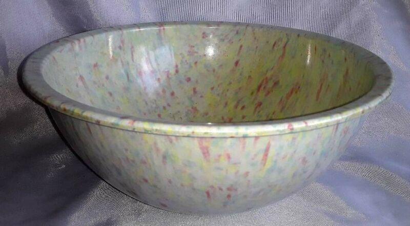 "Melamine Confetti Bowl ~ Unsigned ~ 10"" ~ Beautiful Pastels! Small Crack"