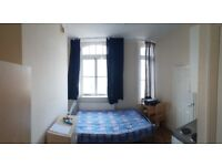 Camden Town studio next to tube station 750pm all bills except council tax