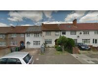 Furnished Studio Flat available in Neasden Area. Housing Benefit and DSS Accepted..
