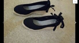 Women shoe V by very size 5